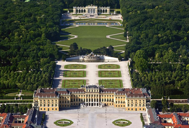 SchlossanlageSchoenbrunn_web